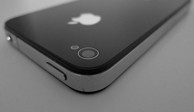 how-can-i-fix-foggy-iphone-camera